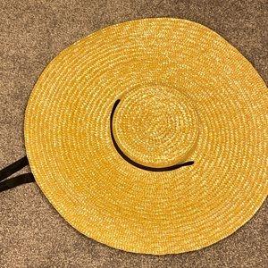 Oversized Brim Boater Hat